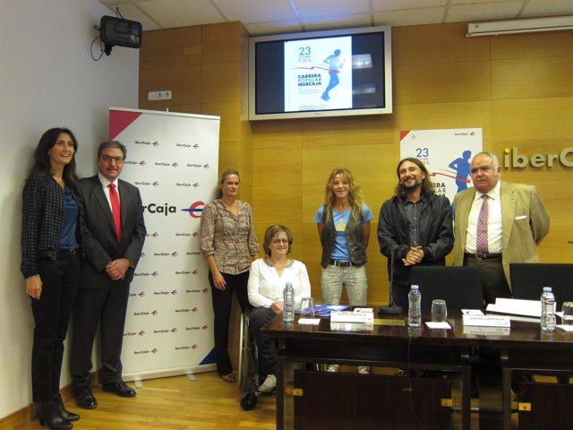 Presentación de la Carrera Popular Ibercaja 'Por la integración' hoy en Zaragoza