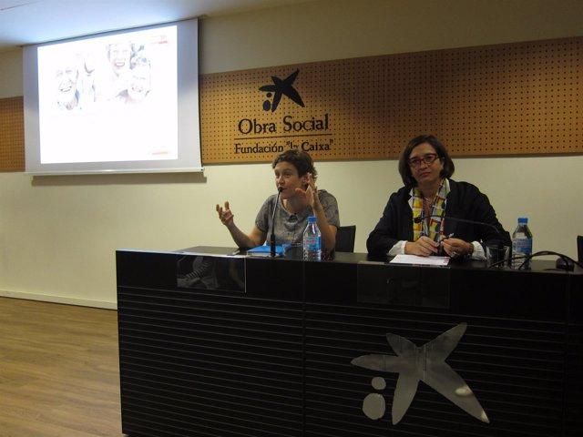 Cristina Segura e Isabel Martínez durante la presentación de la muestra