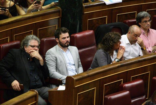 Joan Tardà, Gabriel Rufián y otros diputados de Esquerra