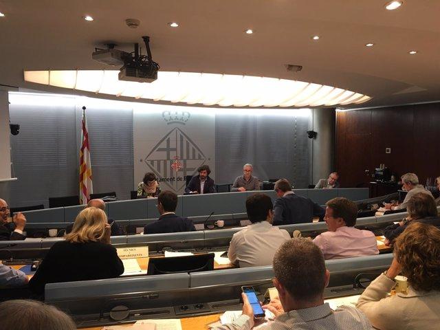 Barcelona encargará una auditoría técnica y económica sobre las Glòries