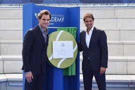 Nadal inaugura su academia en Manacor acompañado de Federer