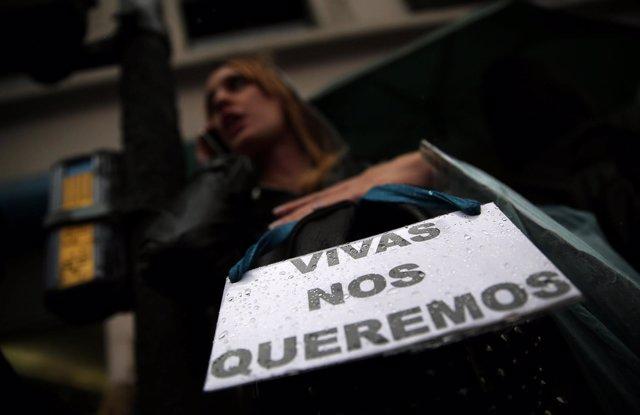 Marcha contra los feminicidios en Argentina
