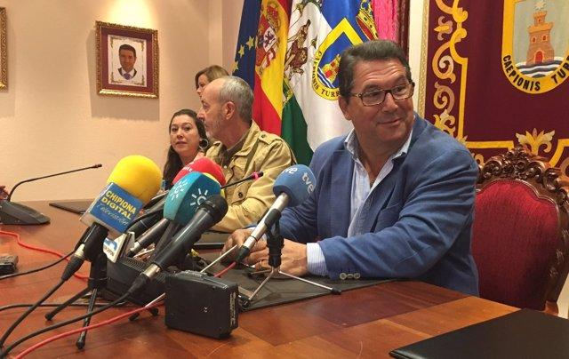 Antonio Peña (PP) renuncia a la Alcaldía de Chipiona