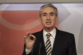"""Jáuregui no cambiaría la relación con el PSC pese al """"incidente grave"""" sobre el no a Rajoy"""
