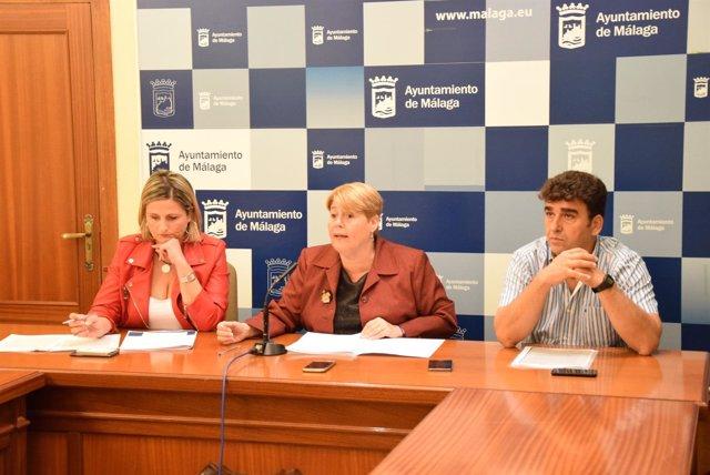(Con AUDIOS Y FOTOS) El PSOE Acusa Al Alcalde De No Hacer Nada Contra La Situaci