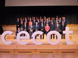 Puigdemont pide a los empresarios no tener miedo a los cambios