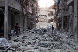 Siria dice que un número indeterminado de rebeldes ha salido de Alepo durante la tregua