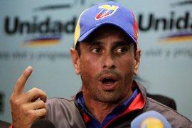 "Capriles tilda de ""gravísima"" la decisión de posponer la segunda fase del revocatorio"