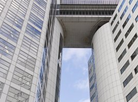 HRW critica la decisión de Sudáfrica de iniciar el proceso de retirada del TPI