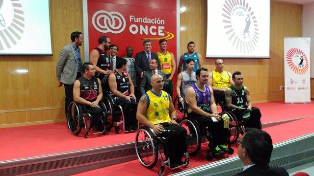 Presentación de la liga de baloncesto en silla de ruedas