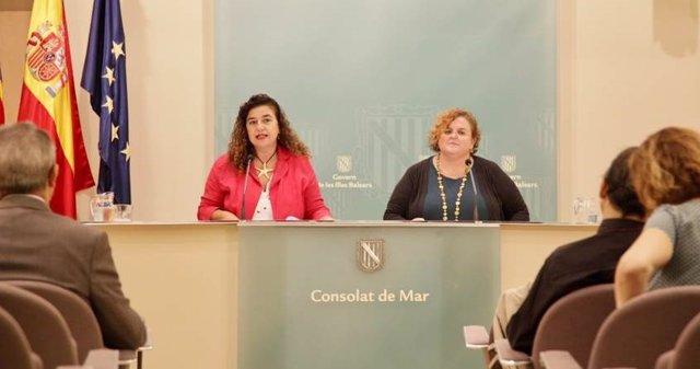 Pilar Costa y Ruth Mateu