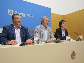 PP, PSOE y C's piden destinar el aprovechamiento de Torre Village al comercio de barrio