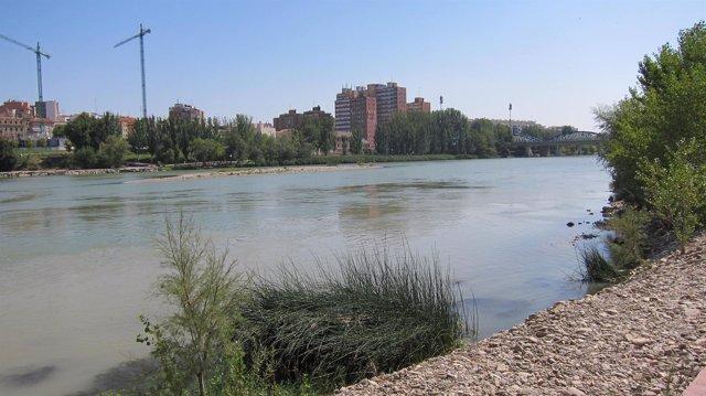 Río Ebro en Zaragoza