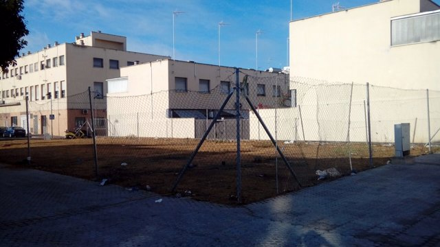 El solar de La Corza señalado por Julián Moreno.