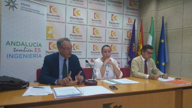 Medina, entre Illescas y Cejudo, en rueda de prensa