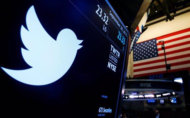 Logotipo de Twitter en la Bolsa de Nueva York