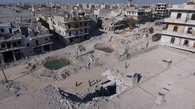 Vista aérea de Alepo tras bombardeos