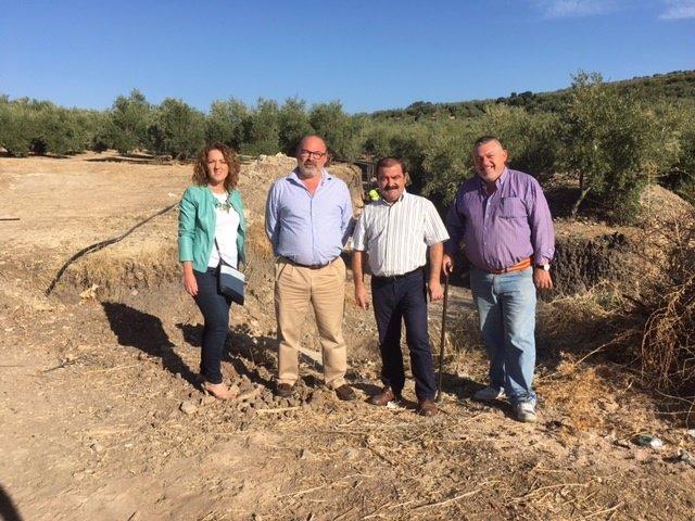 Visita del diputado José Castro a Sorihuela de Guadalimar (Jaén)