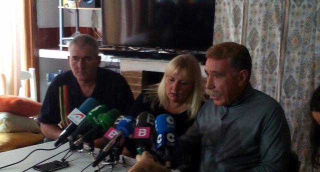 Rueda de prensa de la familia de la niña agredida en Son Roca
