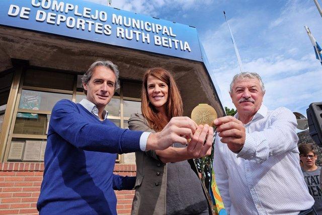 Cambio de nombre del complejo de deportes de Santander