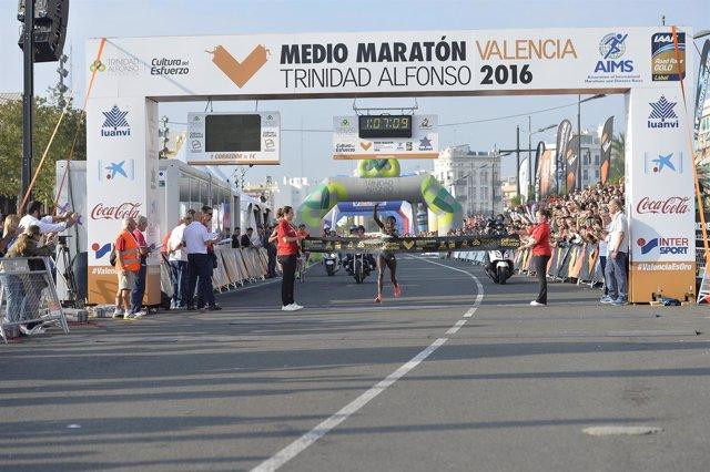 Peres Jepchirchir Medio Maratón Valencia Trinidad Alfonso