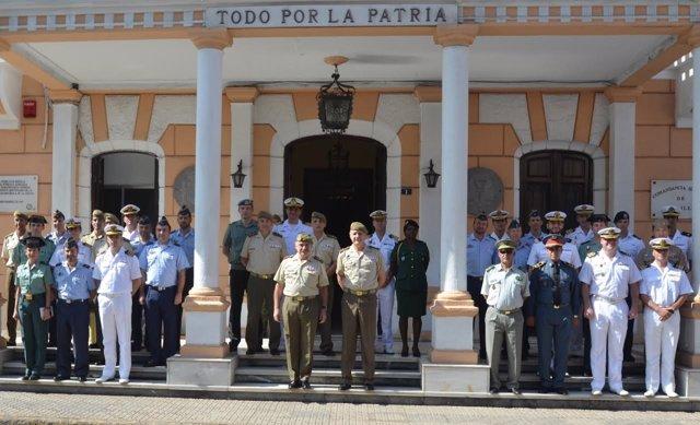 Reunión del curso de Estado Mayor en Melilla