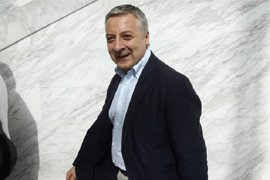 Blanco dice que hoy se marca un punto importante para recuperar un debate de ideas y relanzar al PSOE