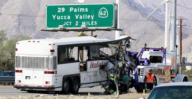 Autobús siniestrado en California