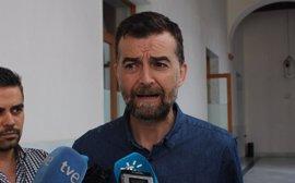 """Maíllo (IU): Al PSOE se le ha caído """"la careta"""" y en unos meses pactará los PGE con el PP"""