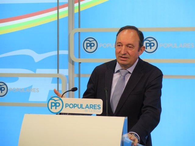 El presidente del PP,  Pedro Sanz