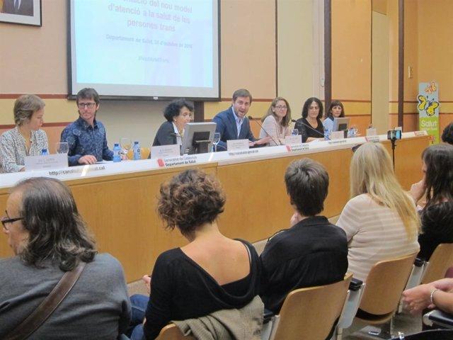 El conseller de Salud, Toni Comín, presenta el nuevo modelo de atención