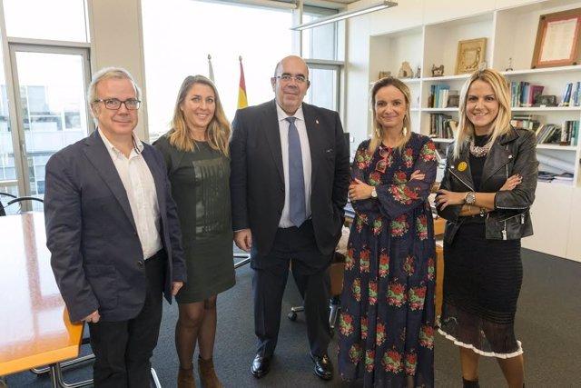 Oria cono representantes del grupo Vega Pelayo