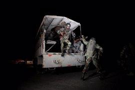 Mueren 60 personas en un asalto en un centro policial de Pakistán