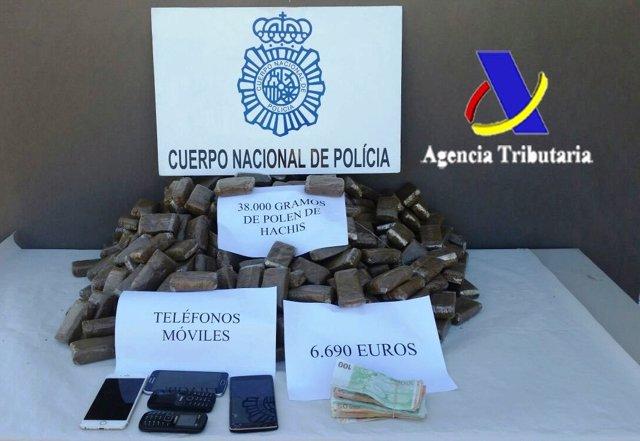 Material incautado en la operación antidroga en Almería