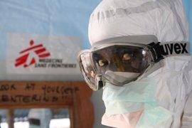 MSF da por concluidos sus últimos proyectos para el ébola en África occidental
