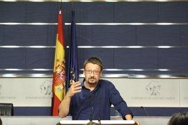 En Comú no descarta protestar junto al Congreso pero dice que su labor es votar no a Rajoy