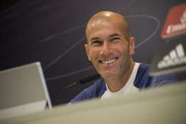 """Zidane: """"No estoy preocupado por la falta de gol de Cristiano"""""""