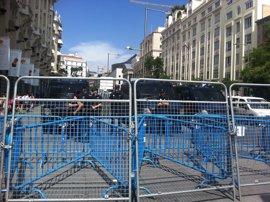 La ley contempla multas de hasta 30.000 euros por manifestarse ante el Congreso perturbando gravemente la seguridad