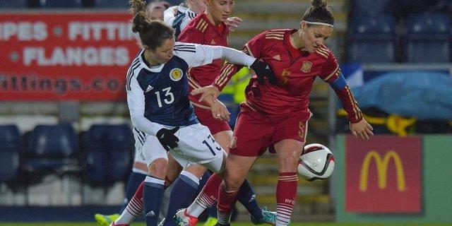 La selección española femenina empata con Escocia