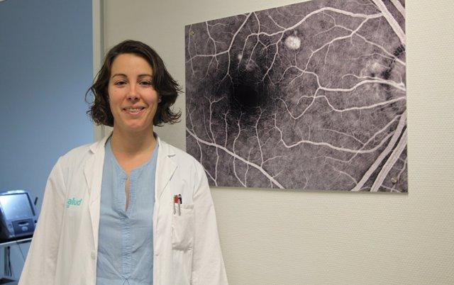 La doctora Pilar Calvo, oftalmóloga del Hospital Universitario Miguel Servet