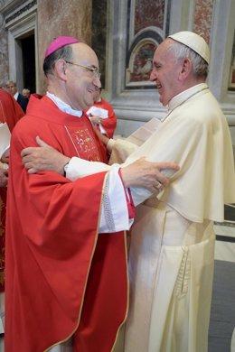 El arzobispo de Burgos (I) con el Papa Francisco