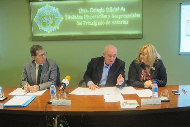 Rueda de prensa en el  Colegio Oficial de Titulados Mercantiles y Empresariales.