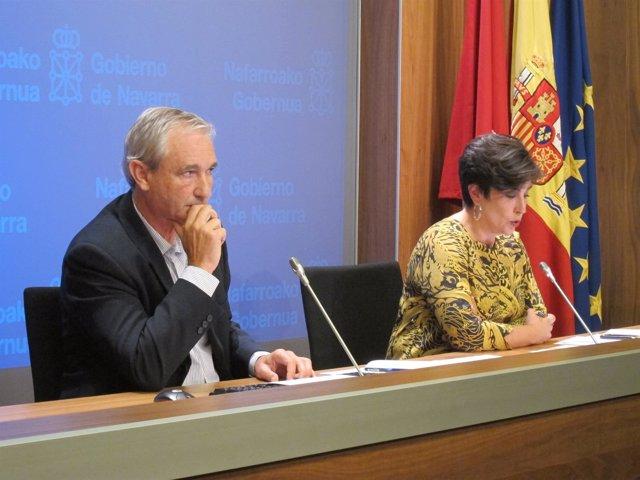 Mikel Aranburu y María Solana, en la rueda de prensa tras la sesión de Gobierno