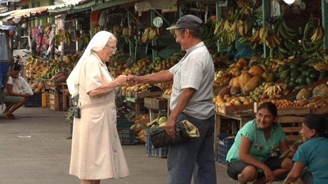 Religiosa española en el programa 'Misioneros por el Mundo'