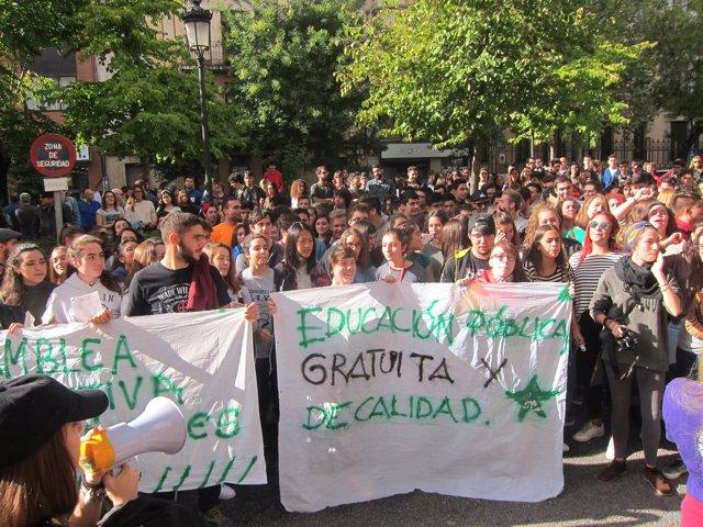 Manifestación de estudiantes en Cáceres