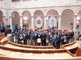 El Parlamento destaca los avances en materia de inclusión de las personas con discapacidad
