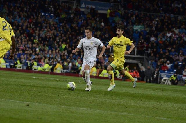 Lucas Vázquez y M. Trigueros en el Real Madrid - Villareal