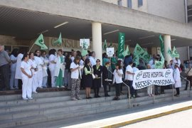 El TSJA declara nula la orden de la fusión hospitalaria en Huelva