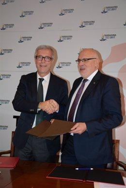 Josep Félix Ballesteros y Jordi Baiget, en la firma del acuerdo