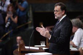 """Rajoy espera """"sensatez y responsabilidad"""" de la oposición y que acepte su mano tendida"""